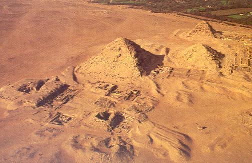 NEFERIRKARÉ -- PREHLAD EGYPTSKYCH PYRAMID