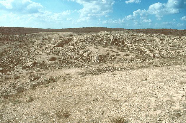 Tell Beit Mirsim -- Photo Gallery -- Dabar.org