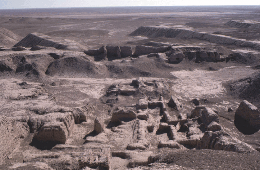 Uruk (Archaeological Site Photographs: Mesopotamia: Uruk -- 2014 The Oriental Institute of The University of Chicago)