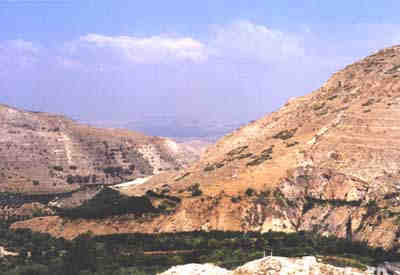 View of Wadi Ziqlab from Tell Rakan with the Jordan Valley in the distance ..... Banning (University of Toronto)
